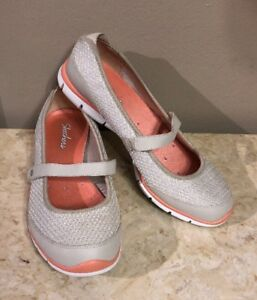 SKECHERS Womens Mary Jane Shoes Size 9.5 22115 Excellent Condition
