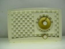 PHILIPS RADIO PHILIPS TUBE RADIO MODEL 560 / 160 WORKS  KITCHEN RADIO