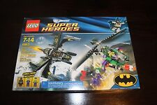 LEGO Super Heroes Batwing Battle Over Gotham City #6863 RETIRED with Minifigures