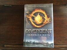 DIVERGENT #1 by Veronica Roth, SIGNED/LINED true 1st print 2011, HCDJ