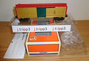 LIONEL PROTOTYPE SAMPLE CHRISTMAS LIGHTED OPERATING TRAIN BOXCAR O GAUGE 6-26706