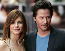 Sandra Bullock and Keanu Reeves UNSIGNED photo - E231 - Stars of Speed