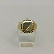 9ct Gold Hallmarked Gents Engraved Signet Ring.  Goldmine Jewellers .