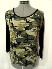 HOT KISS Lace back Tshirt Top womens M Black Green Camo 3/4 sleeve Urban blouse