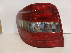 2006-2008 Mercedes Benz ML Class Tail light Assembly left used genuine Oem nice