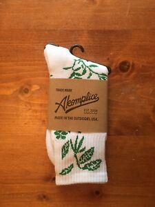 Akomplice White/ Green Leaf Socks