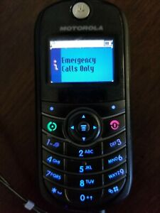 Motorola C139 Go Phone works but why? Accessories shown in pic Was used on AT&T