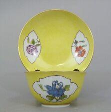 Meissen koppchen con bajo platos, amarillo Fond, cartuchos con flores motivos