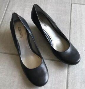 Ladies Kenneth Cole Black Heels - Size 8