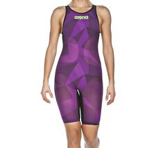 Size 30 Arena Women's Powerskin Carbon Air Closed Back Kneeskin