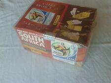 Boite de 100 pochettes panini coupe du monde 2010