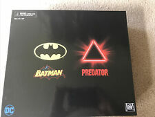 SDCC 2019 Exclusive NECA Batman vs Predator 2 Figure Set SEALED Dark Horse!!!!