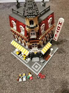 Lego Creator 10182 Cafe Corner modular building