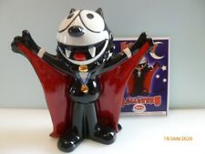 WADE  Felix Halloween - Dracula 4 inches high