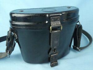 WW2 German 6x30 binocular Bakelite case in excellent condition