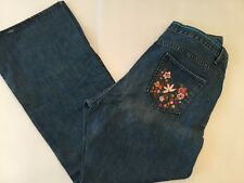 "20R Gap Low Rise Bootcut Embroidered Floral Women's Plus Size 31"" Inseam"