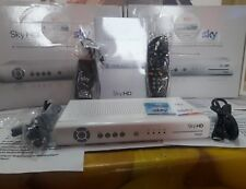 DECODER SKY HDds831nz LEGGE TUTTE LE SCHEDE VISIONE IN HD  CON SCATOLA