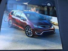 2017 Chrysler Pacifica Accessories 12-page Original Sales Brochure
