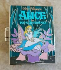 Pin Trading Disney Pins Alice in Wonderland Pop-Up Book White Rabbit Dinah