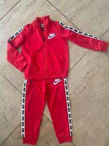 Nike Boys Track Suit Athletic Sweatshirt & Sweatpants Size 4T