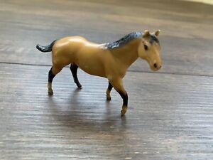 BREYER STABLEMATE QUARTER HORSE STALLION # 5047 VINTAGE 75'-87' BUCKSKIN