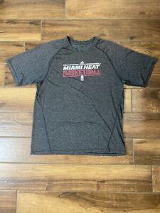 Miami Heat Adidas T-shirt Grey Short Sleeve Mens XL Shirt Basketball A4