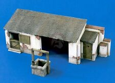 "Verlinden 1/35 ""The Farmyard"" Horse Barn w/Water Well [Farm Stable Diorama] 1362"
