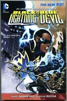 GN/TPB DC Universe Presents Volume 3 Three Black Lightning / Blue Devil nm 9.4