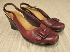 Clarks Slingback Red Leather Shoes Women's Size 8.5 M Medium Buckle Detail