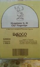 Nib 1992 Precious Moments Figurine # 529931~Happiness is at Our Fingertips