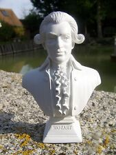 RE0103    FIGURINE  REPRODUCTION  BUSTE STYLE ALBATRE MUSICIEN MOZART 3 SUR 12