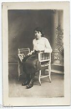 BM435 Carte Photo vintage card RPPC Femme woman album photo chaise