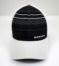 Oakley Ohydrolix A-Flex  Embroidered Logo Baseball Cap Size S/M