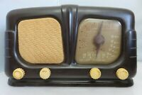 Vintage Sonora Standard Broadcast Tube AM/FM Radio Receiver Model WEU-262 WORKS