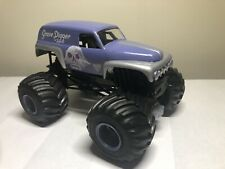 Custom 1:24 Monster Jam Purple Grave Digger The Legend