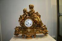 superbe rare pendule ancienne en bonze  doré à l'or fin