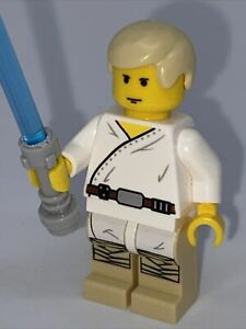LEGO Star Wars ~ Luke Skywalker (Tatooine) minifigure sw0021 + Lightsaber