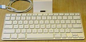 Apple iPad Keyboard Dock A1359 30-Pin 1st, 2nd Generation iPad Accessory, no cor