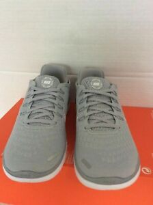 WMNS  Nike Free RN 2018 Running Shoes SZ 7.5-Wolf Grey  White - 942837 003