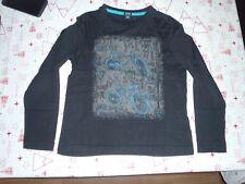 t-shirt garçons KIABI 8 ANS noir, BLEU gris (neuf)