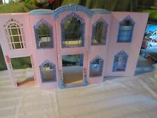 Barbie Grand Hotel Elevator Cafe bath tub interactive phones sounds talk house