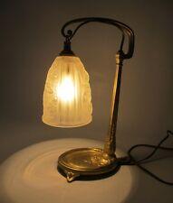 Lampe laiton Art nouveau Tulipe verre pressé