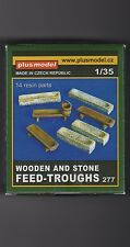 PLUSMODEL PLUS MODEL 277 - WOODEN AND STONE FEED-TROUGHS - 1/35 RESIN