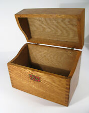"""Antique Early 1900s """"Weis"""" Oak Fingerjoined Desk-Top Index Card Filing Box."""