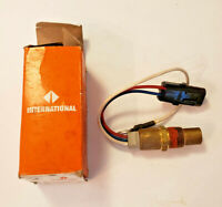NOS OEM International Clutch Fan Switch 1684560C92
