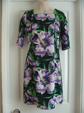 BLACK & PURPLE FLOWER PATTERNED SHORT SLEEVE FITTED DRESS - SIZE 8 / 10 -  NEW