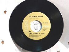 FAMILY BROWN - Sing A Song Of Love / Richard - NEAR MINT- CANADA PRESSING 45