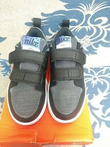 Nike Pico 5 Children Trainers Size: 13
