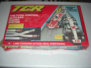 TCR Racing Set with 5 Cars and rare 4 Lane Crossover - Ideal