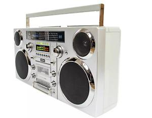 Gpo Brooklyn Boombox Speaker System Retro Ghetto Blaster, Silver